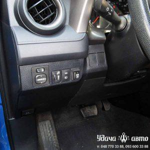 кнопка переключения газ-бензин Toyota RAV4 2016 2.5