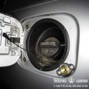 заправочный клапан гбо на Lexus ES 350