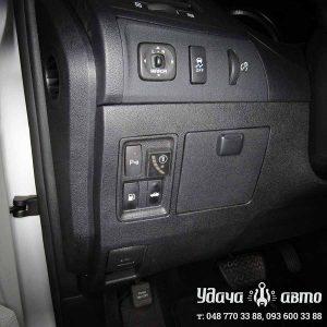 кнопка гбо на Lexus ES 350