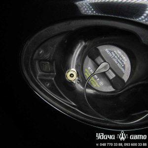 заправочный клапан на Mercedes Benz GL550