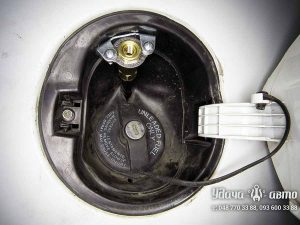 заправочный клапан гбо на Peugeot Bipper