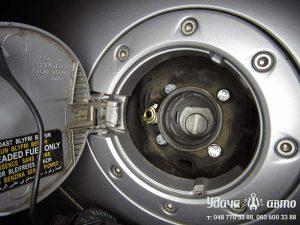 заправочный клапан гбо Hyundai Coupe